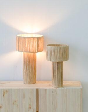 Deux lampes en raphia